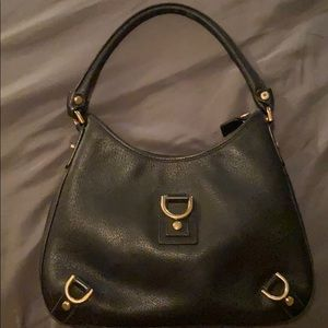 Black Gucci handbag **** MAKE AN OFFER****